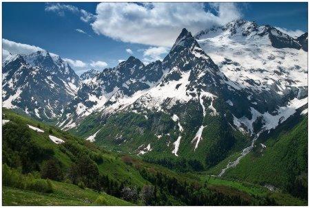 Мечети в горах Карачаево-Черкесии